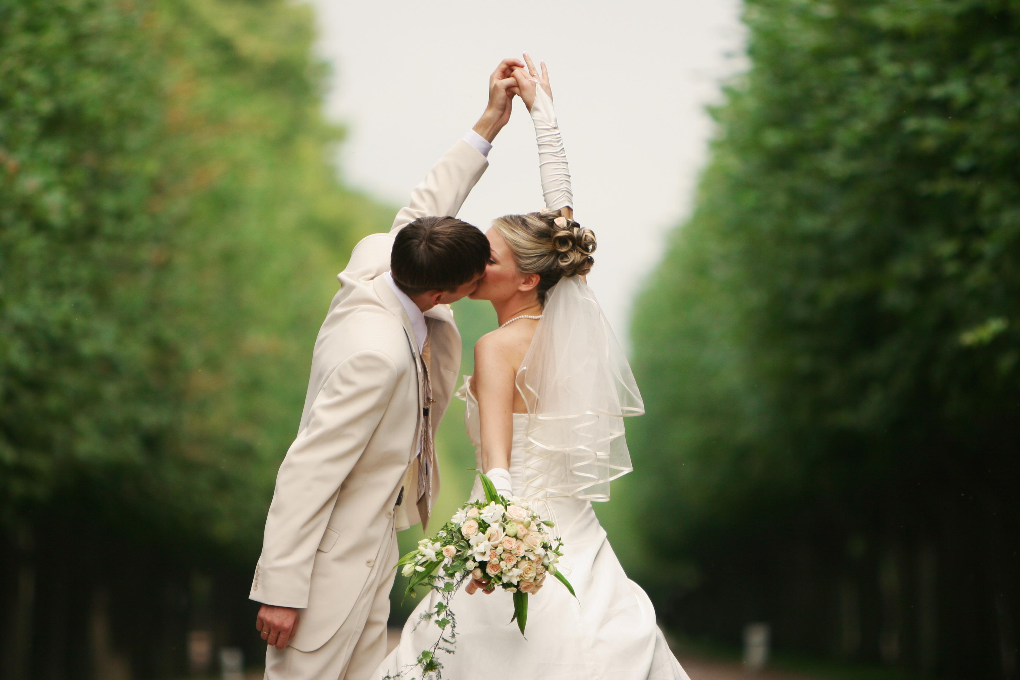 Exceptionnel Choisir un bon traiteur pour un mariage : les 10 questions  RP31
